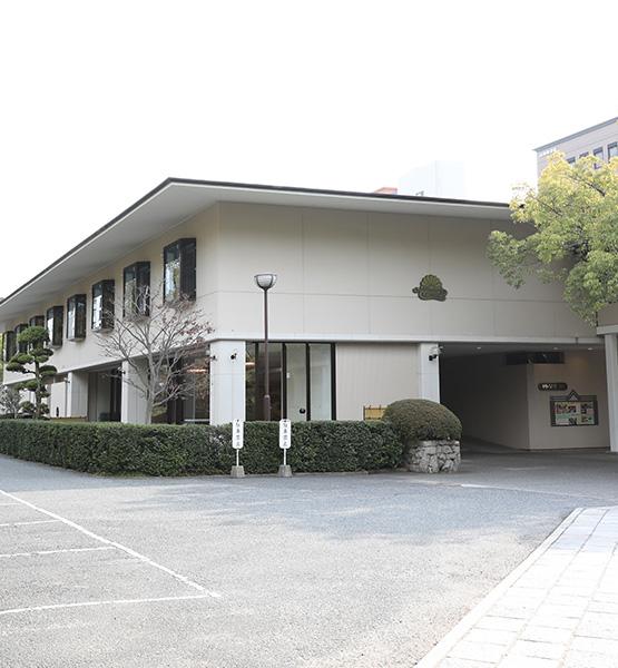 株式会社山田写真館 楠公会館写真室
